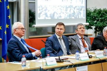 Hans-Gert POETTERING, Valdis DOMBROVSKIS, Enrique BARON CRESPO