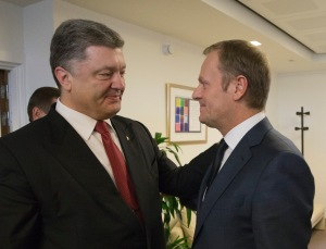 President Petro Poroshenko meets European Council President Donald Tusk following the Minsk agreement