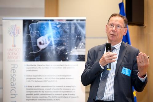 SOETE, Luc STOA workshop ' Unesco Science report : Towards 2030 '