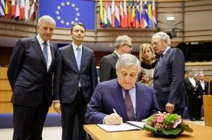 Antonio TAJANI - EP President signs the 2018 buget - Week 48 2017 in Brussels