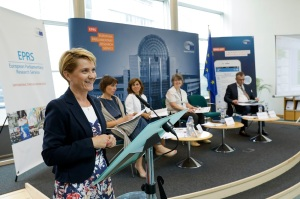 Magdalena SAPAŁA - EPRS Policy Roundtable - ' Performance-based Budgeting: A means to improve EU spending in the 2021-2027 MFF ? '
